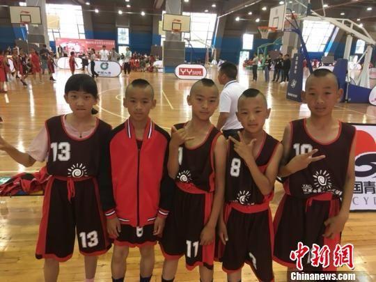 图为参赛的孩子们。 钟欣 摄