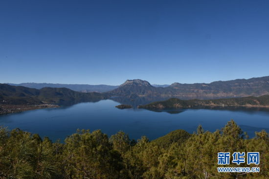 泸沽湖美景。(新华网 李宁 摄)