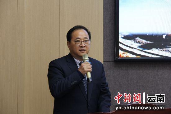 中华文化促进会副主席郭杰致辞