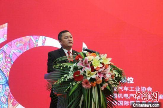 缅甸驻南宁总领事馆总领事梭岱南致辞。 林馨 摄