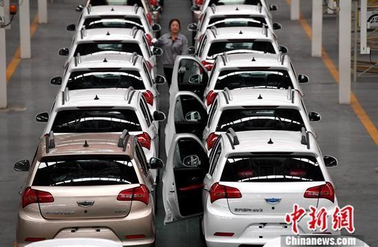 资料图:汽车生产线。中新社记者 张斌 摄