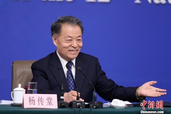 资料图:交通部党组书记杨传堂。 中新社记者 韩海丹 摄