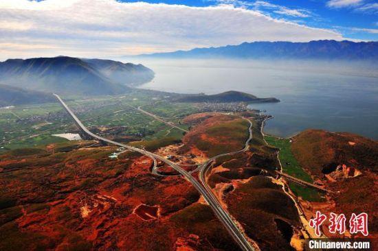 大丽高速公路:连接历史 驶向未来